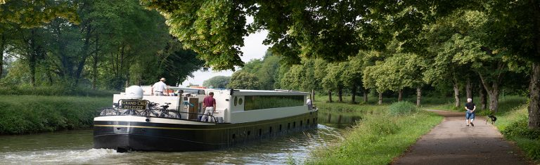Barge Cruises 3-4-5-6 star rated cruises